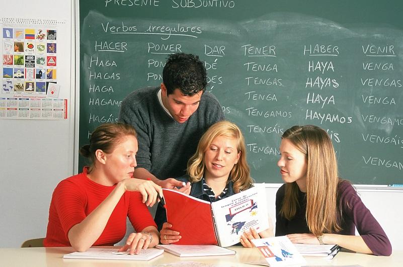 Spanish Courses in Alicante at Estudio Sampere